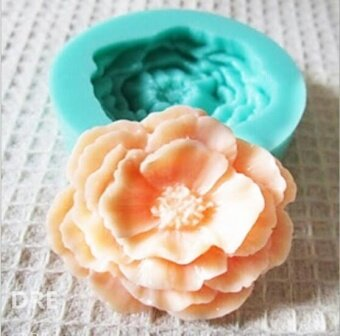 SuperDeals 3D Rose Flower Silicone Chocolate Fondant Cake CandleSoap Molds Moulds Dreamever
