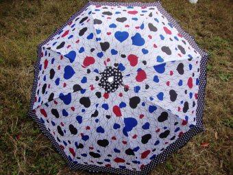 SUN anti-UV heart-shaped polkadot lotus leaf student umbrella folding umbrella (Average random color hair) (Average random color hair)