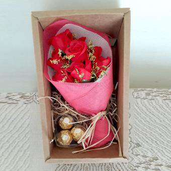 Harga 3pc Ferrero Rocher & Mini Soap Rose Bouquet Gift Set (Red)