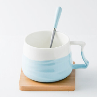 Breakfast cup with a spoon creative ceramic cup coffee cup large capacity cups milk cup Cool mug cup to send cup holder