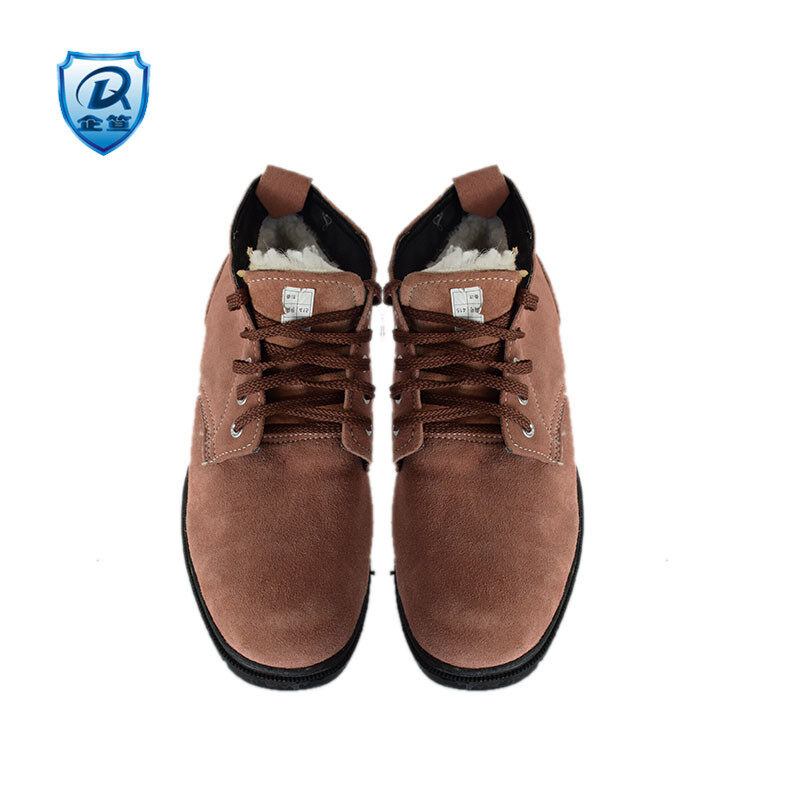Buy Prices da cold boots the bulk of the wool shoes first layer of leather boots Warm Snow wear non-slip tooling labor cotton-padded shoes Malaysia