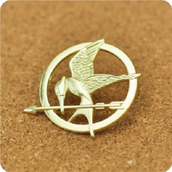 Harga 【Rdy Stock】The Hunger Games Mockingjay Catching Fire Pin Badge -Gold
