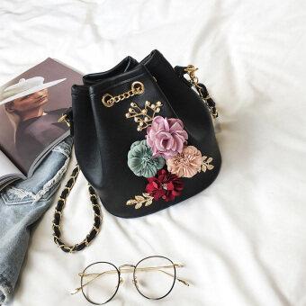 Women's Korean-style Fashion Flower Bucket Shoulder Bag (Black)