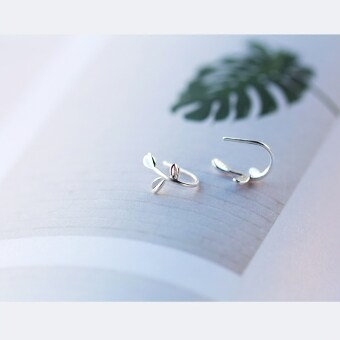Harga Women's stylish leaf 925 silver stud earrings